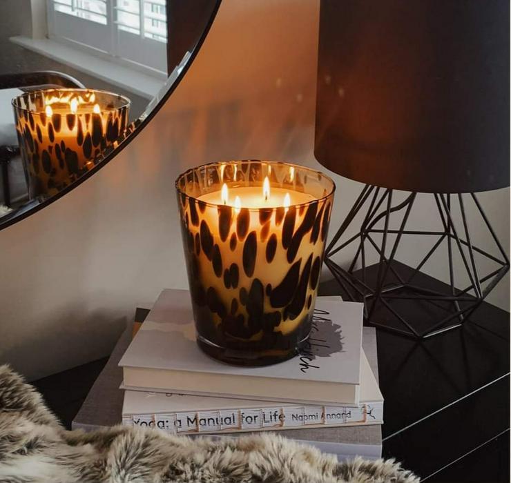 Kerzen und Accessoires