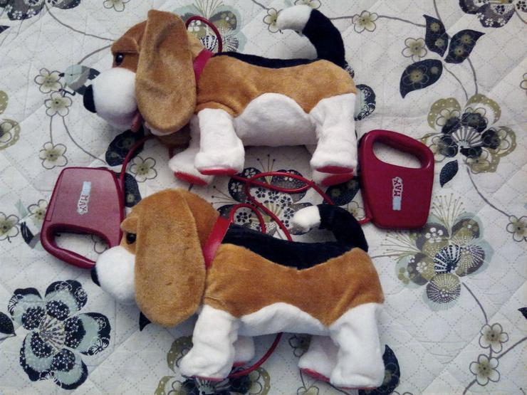Spielzeug-Hund Beagle Pipi Max mit Fernbedienung