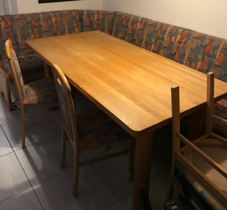 Eckbank Gruppe (Eckbank, 4 Stühle, Tisch) aus massivem Holz