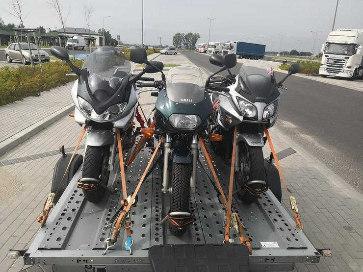 Bild 2: Motorradanhänger zu vermieten 2-3er,100 km/h, 1.3T
