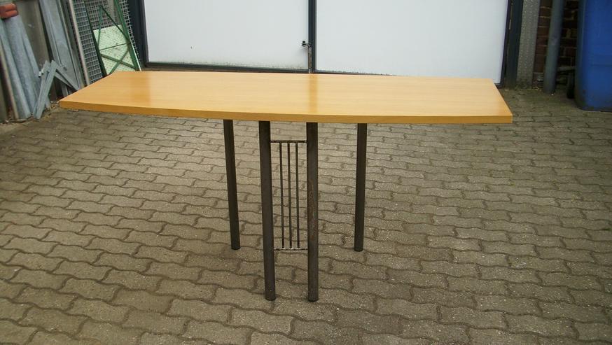 Holztisch-