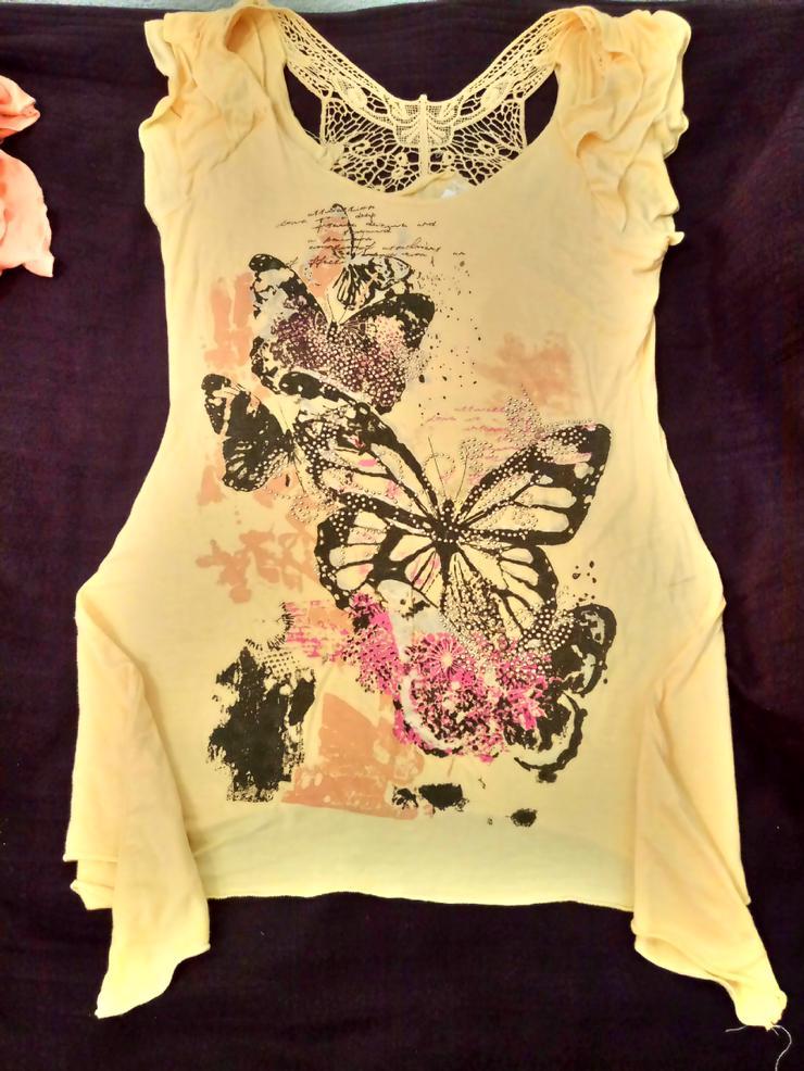 Hübsches Longshirt mit Schmetterlingsdruck & Pailletten