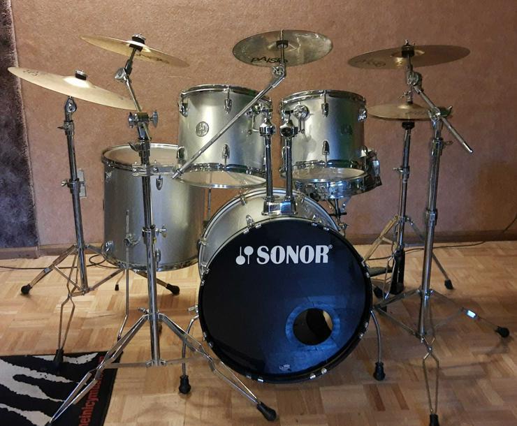 Komplettes Sonor Schlagzeug 505 Reflex Silber