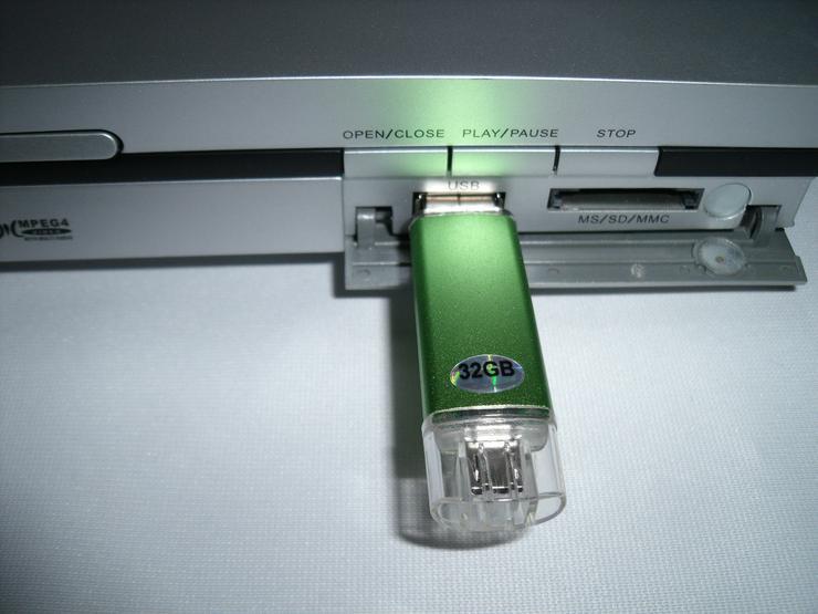 Bild 6: DVD Player Muvid mit FB USB, DviX , sehr gute zustand , Mit  USB 32 GB.