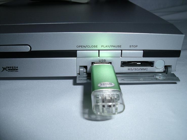 Bild 5: DVD Player Muvid mit FB USB, DviX , sehr gute zustand , Mit  USB 32 GB.