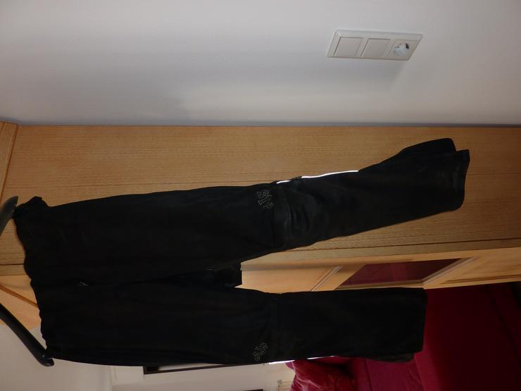 Bikerinnenhose aus schwarzem Nubukleder, Gr. 38