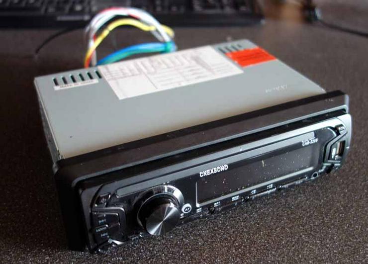 MP3-RDS-Autoradio mit abnehmbaren Display