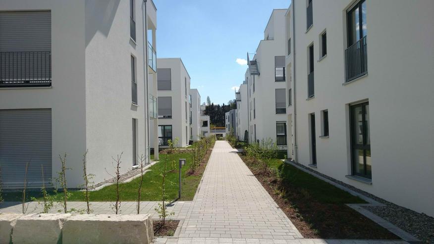 Neue, hochwertige 4-Zimmer Wohnung mit großen Garten in bevorzugter Wohnlage in Reutlingen, nahe Bosch, nahe Zentrum