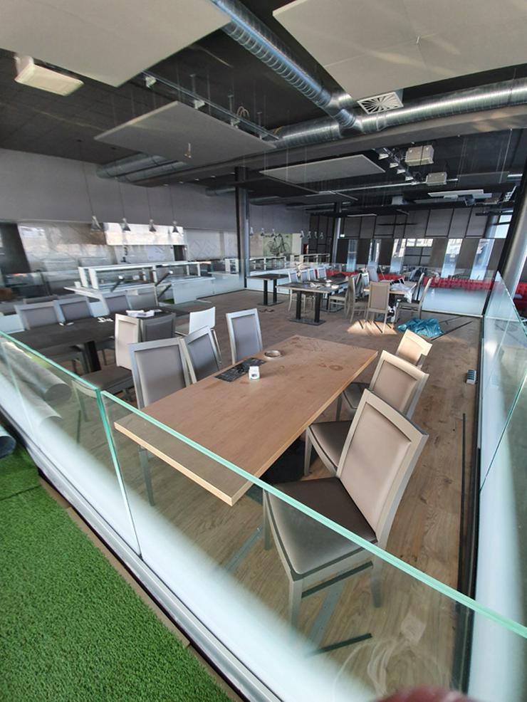 Bild 10: Gastronmieeinrichtung neuwertiges Einrichtung eines Asia Restaurants