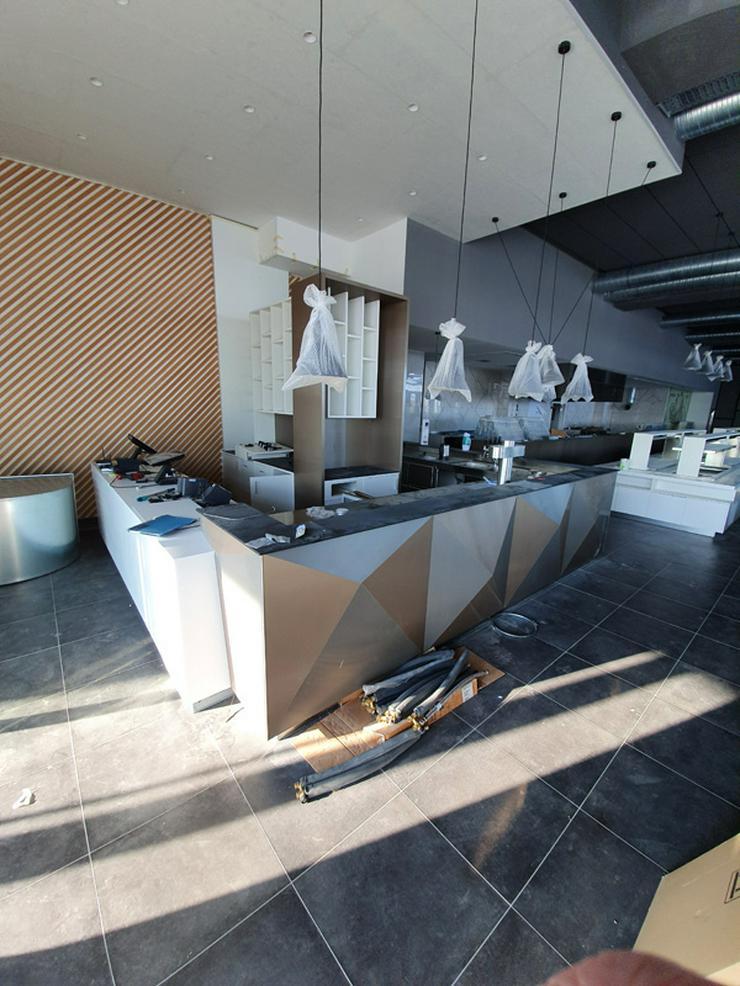 Bild 2: Gastronmieeinrichtung neuwertiges Einrichtung eines Asia Restaurants