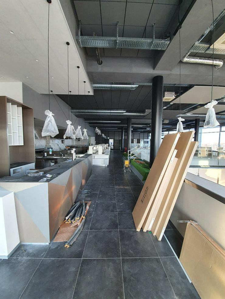 Bild 14: Gastronmieeinrichtung neuwertiges Einrichtung eines Asia Restaurants