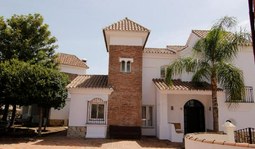 3 Schlafzimmer Townhouse Nähe Marbella- Andalusien