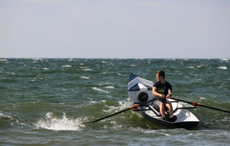 Bild 2: Coastal Surf Rower, Ruderboot mit Rollsitz