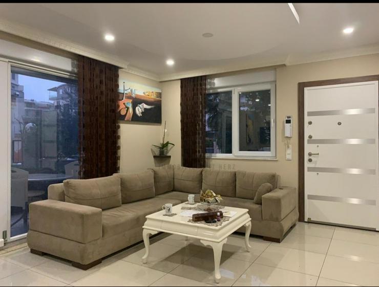 Möblierte 3 Zimmer-Wohnung mit Terrasse in Konyaalti