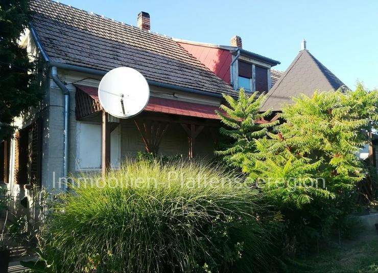 Gepflegtes Haus Nr.40/60 mit ausbauf.DG.Ungarn Balatonr. 3.318m²