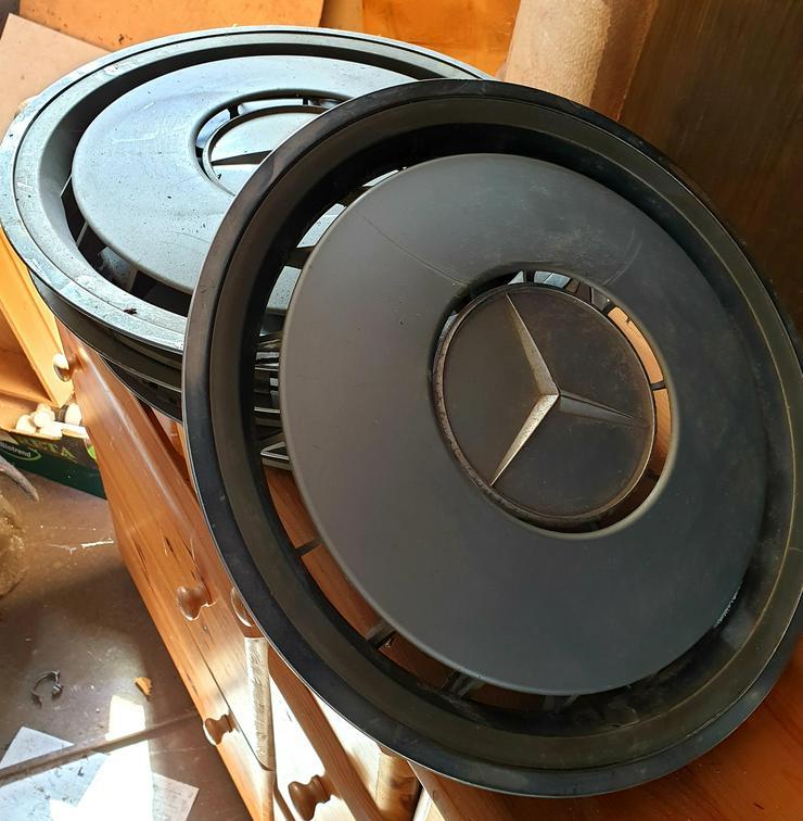 Bild 2: Radkappe Mercedes-Benz