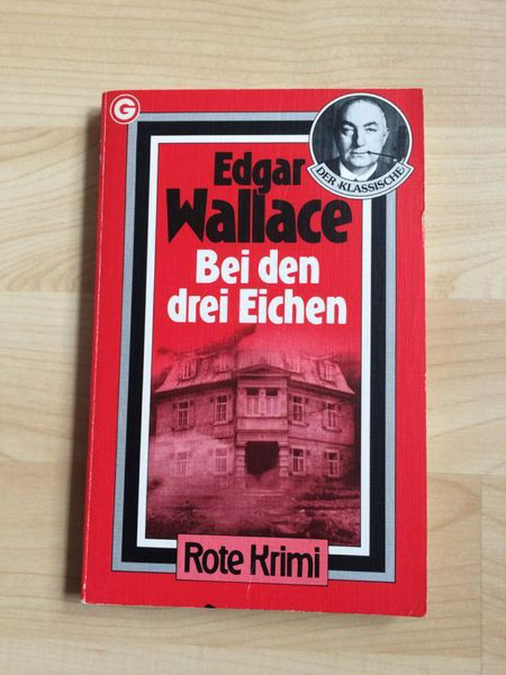 """Bild 1: Taschenbuch """"Bei den drei Eichen"""" v. Edgar Wallace"""