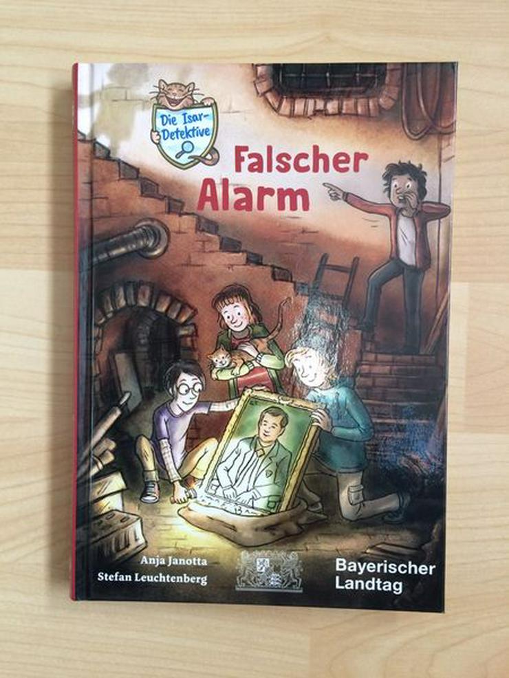 UNGELESEN Detektivbuch: Falscher Alarm
