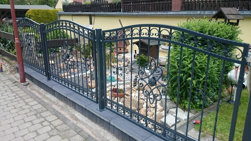 Bild 3: Metalltreppen zur Terasse, zum Garten, aus  Polen mit Momntage