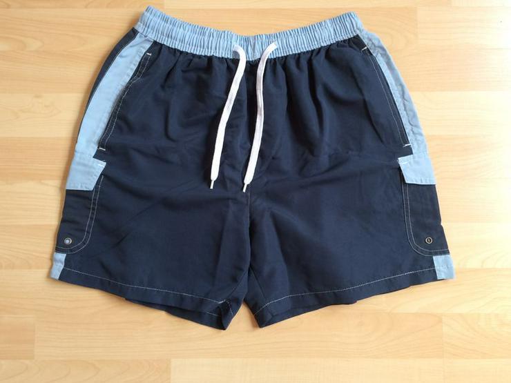 NEUWERTIG Shorts Gr. 170/176 dunkelblau