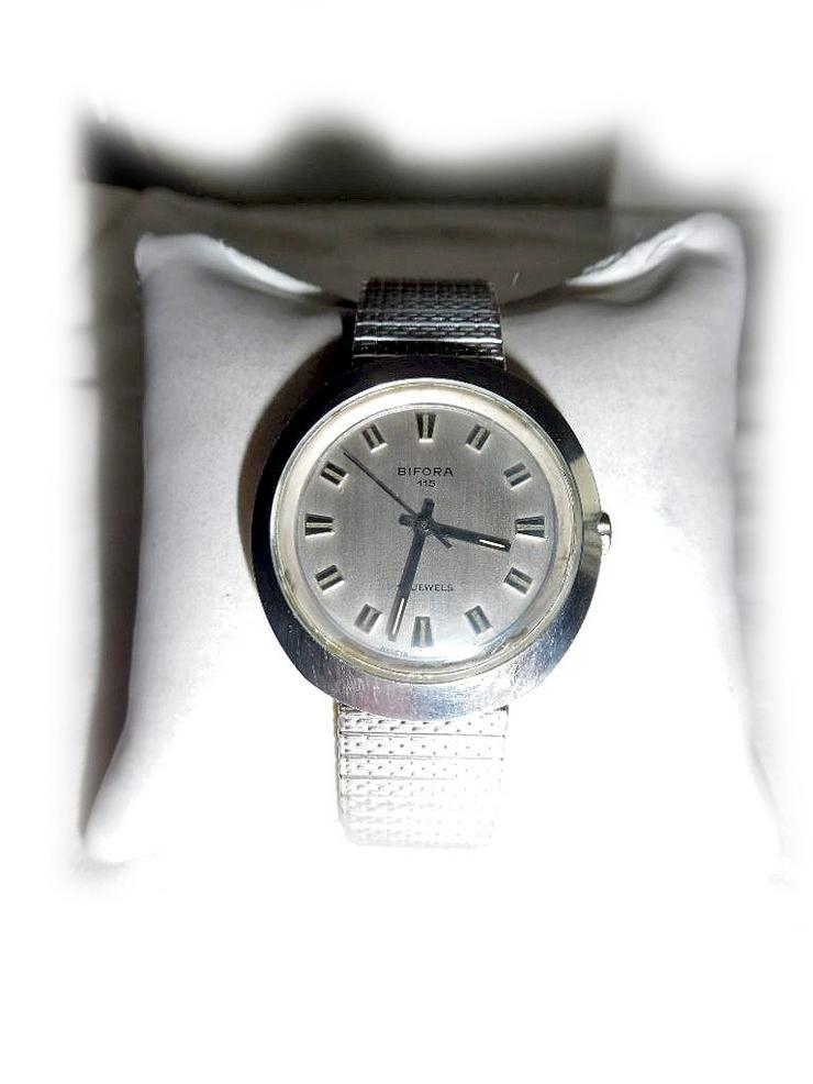Armbanduhr von Bifora