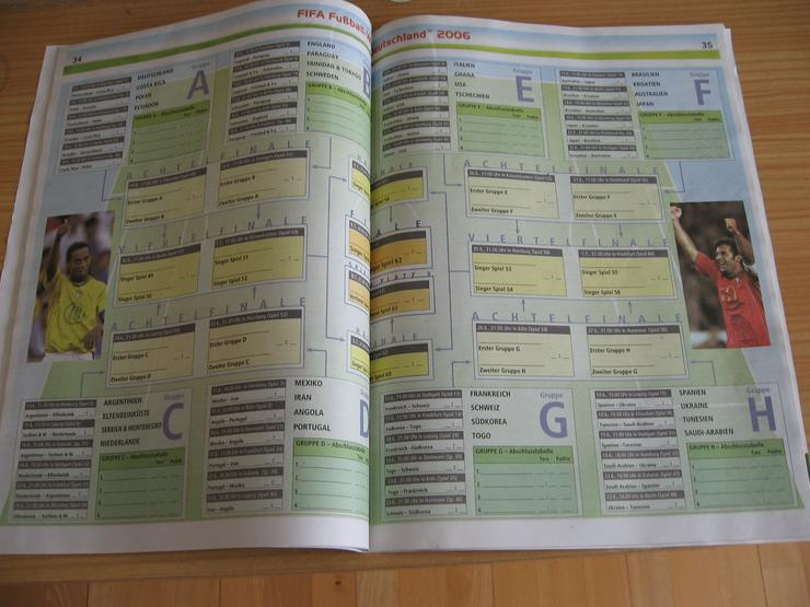 """Bild 2: Broschüre """"FIFA Fußball-Weltmeisterschaft Deutschland 2006""""  DIN A 4, 66 Seiten"""