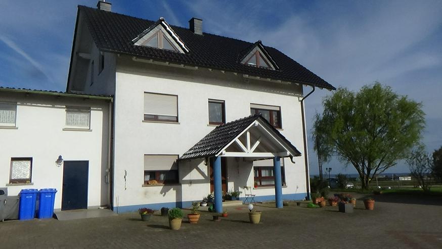 Wohnung mit zwei Pferdeboxen auf ruhiger Reitanlage zu vermieten - Wohnung mieten - Bild 1