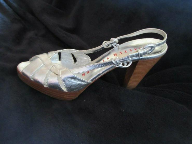 Bild 2:  Silberne Walter Steiger Schuhe; Größe 38