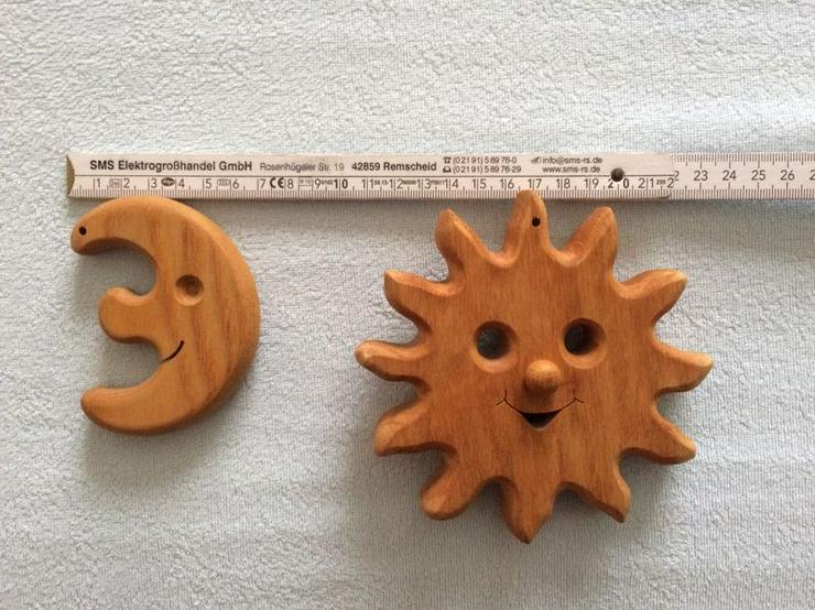 Massivholz Sonne und Mond, neuwertig