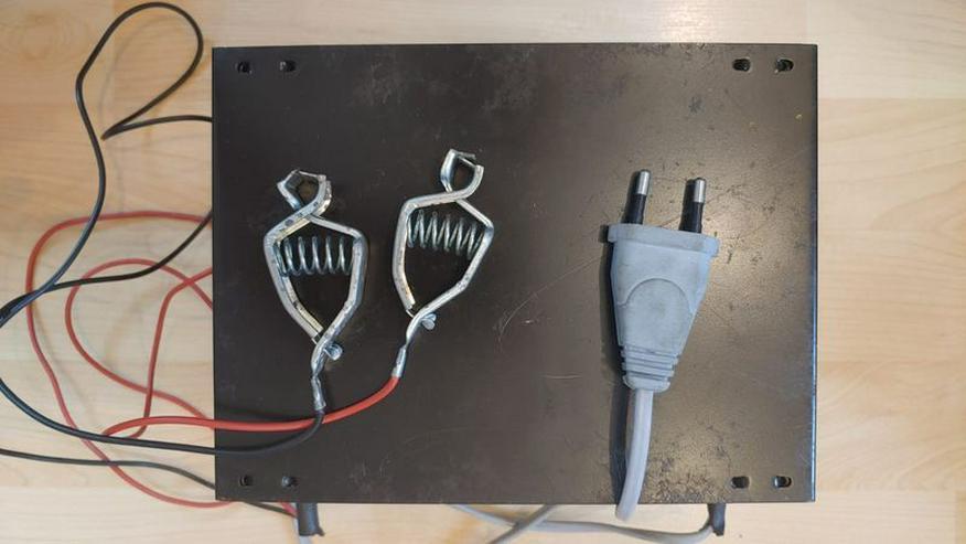 Bild 2: Ladegerät für Bleiakkus