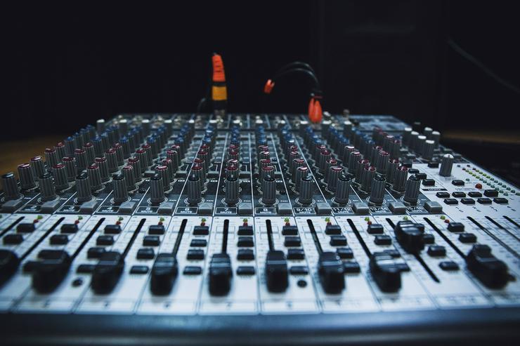 Song Mixing / Mastering - günstig, qualitativ und schnell !