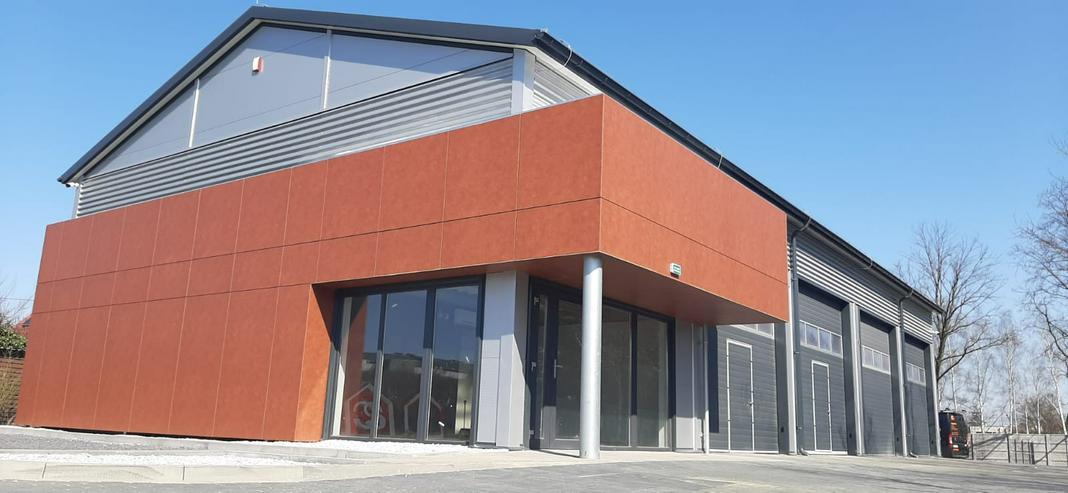 Bild 4: Stahlhalle Mehrzweckhalle mit Beurobereich