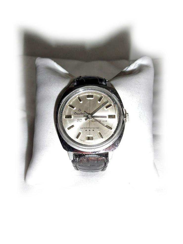 Elegante Armbanduhr von Bourbon