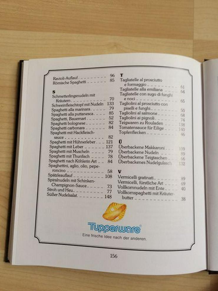 """Bild 5: Tupperware-Kochbuch """"Köstliche Nudelgerichte"""""""