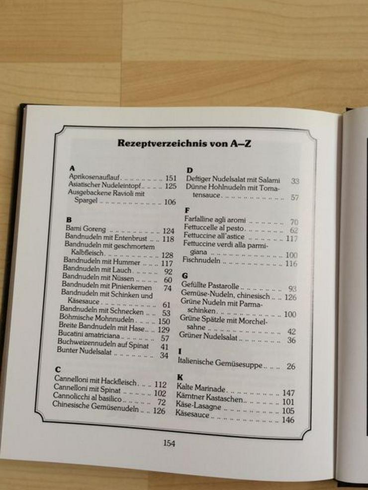 """Bild 3: Tupperware-Kochbuch """"Köstliche Nudelgerichte"""""""