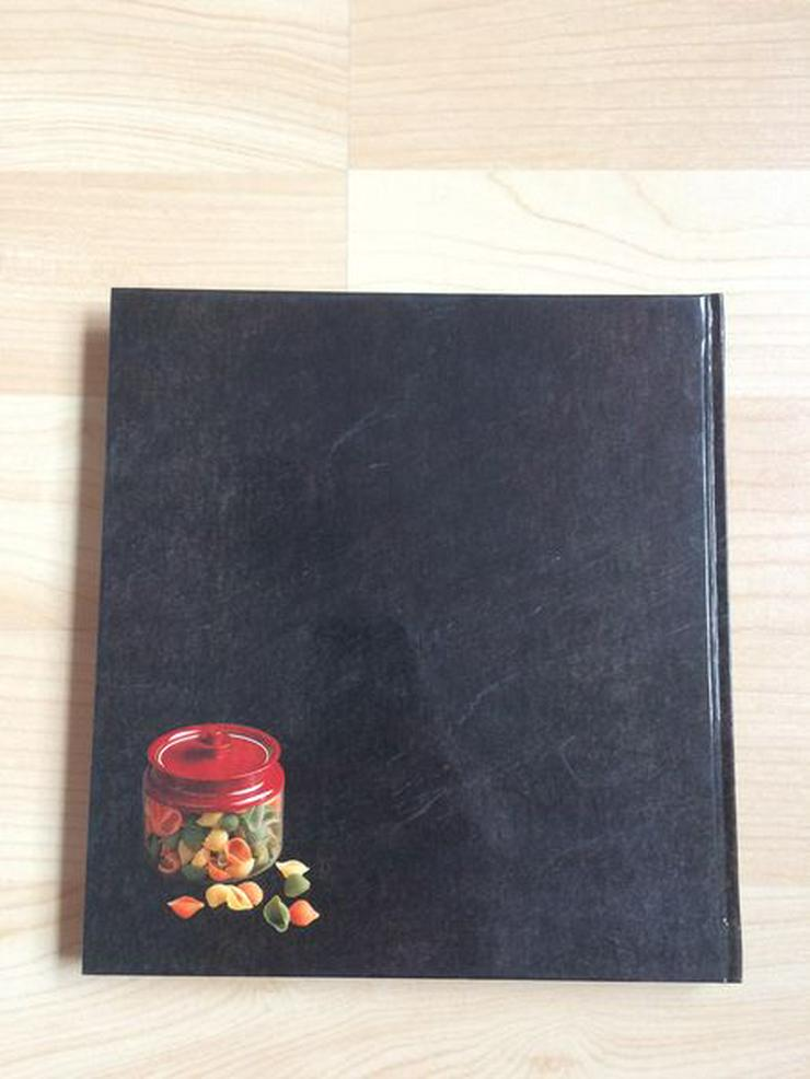 """Bild 6: Tupperware-Kochbuch """"Köstliche Nudelgerichte"""""""