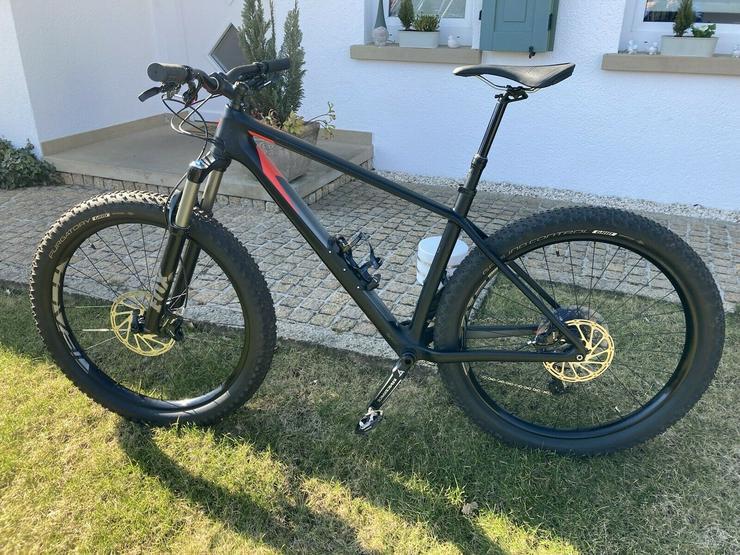 Bild 2: Specialized Fuse Expert Carbon 6 Fattie 27.5 Mountain Bike
