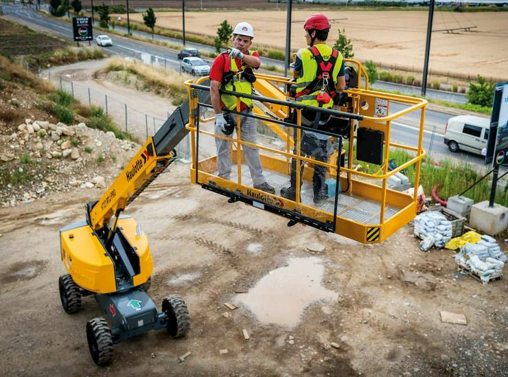 Bild 3: Arbeitsbühnen +Steiger Fahrerschulungen mit Befähigungsnachweise