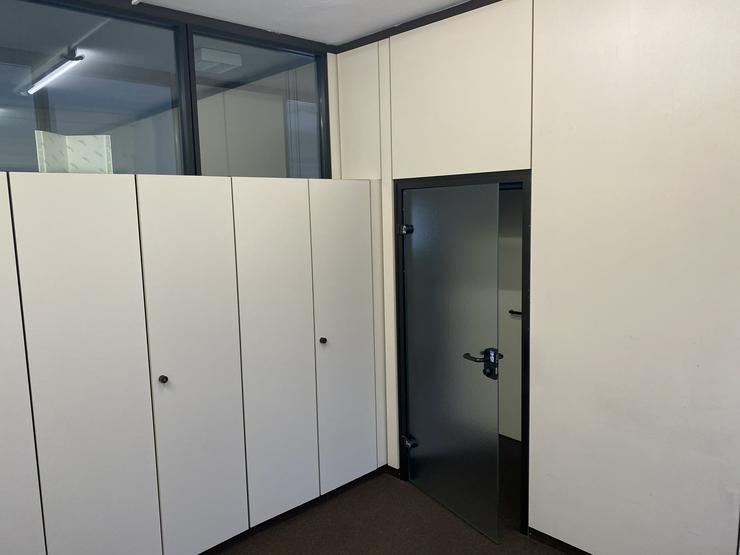 Detmold Büro zu vermieten !!!