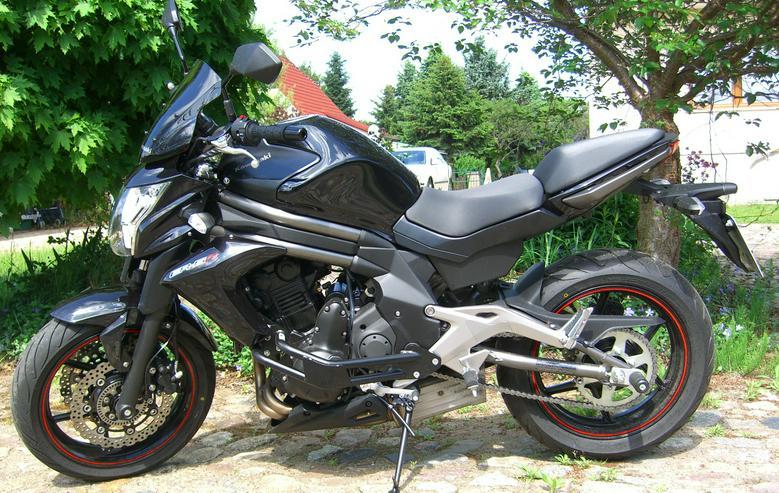Bild 4: Motorrad Kawasaki (J)