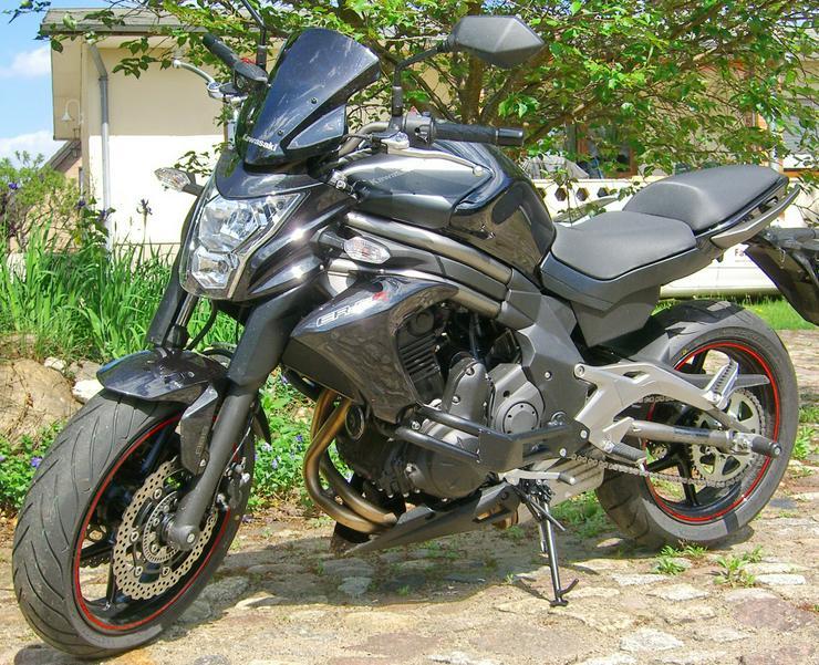 Bild 3: Motorrad Kawasaki (J)