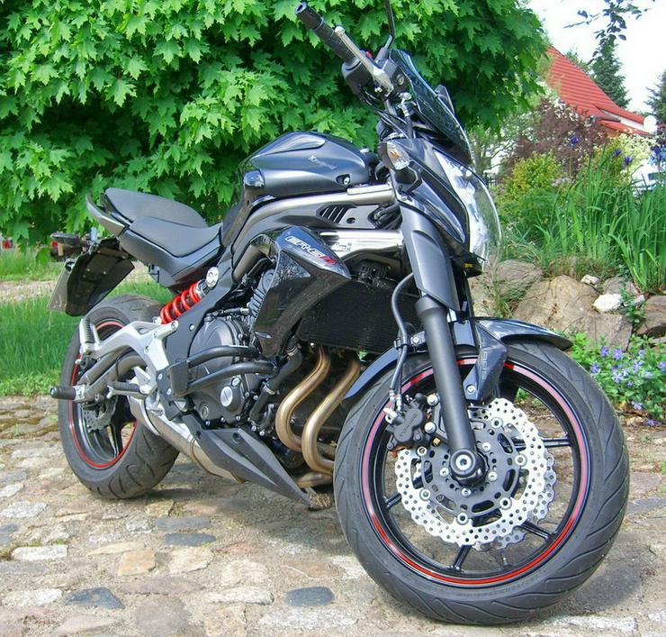 Bild 6: Motorrad Kawasaki (J)