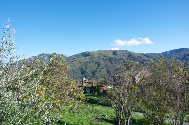 Panorama-Ferienhaus in der toskanischen Landschaft