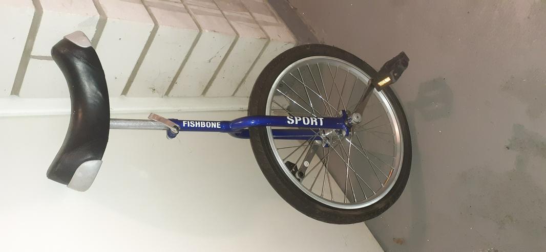 Neuwertiges Einrad