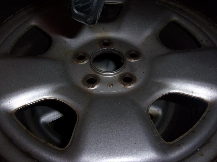 Bild 3: 4 Winter Reifen alpin-Michelin 195/65 R15