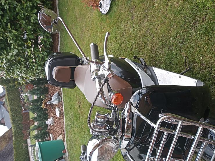 Bild 4: Moped & Motorroller