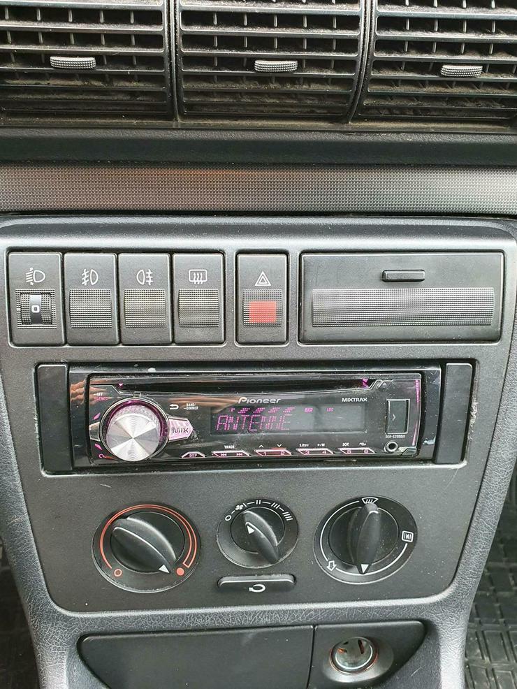 Bild 4: AUDI A4, TÜV neu, 1.6 101 PS, viele Neuteile, sehr guter Zustand