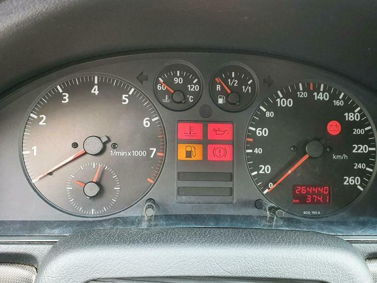 Bild 3: AUDI A4, TÜV neu, 1.6 101 PS, viele Neuteile, sehr guter Zustand