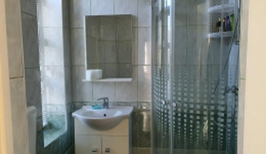 Bild 5: Neuwertige Villa mit zehn Zimmern in Rumänien