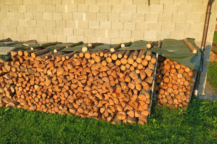 Brennholz Fichte 1m Länge gespalten, Kaminholz abholbereit